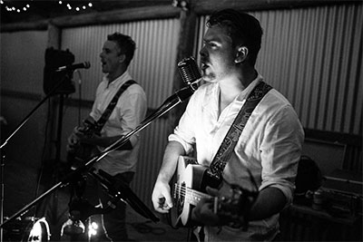 Robbie Mortimer & Band